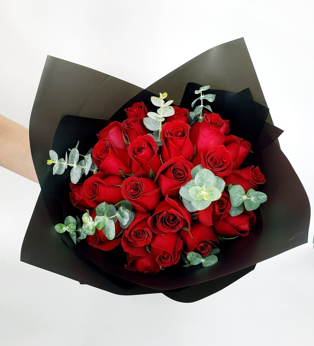 Bouquet De 24 Rosas Rojas En Lolaflora Com